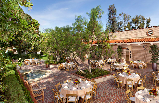 Wedding Brunch Extend Your Guests Celebration With The Next Day Rancho Bernardo Inn S Numerous Terraces And Lawns Provide Lovely Settings For